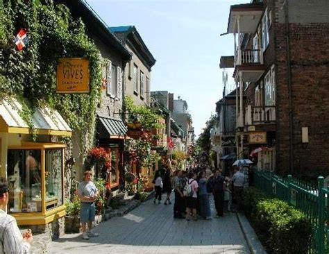 Place Darmes Old Montreal Favorite Places And Spaces