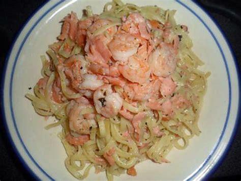 recette de p 226 tes au saumon fum 233 et aux crevettes tigr 233 es