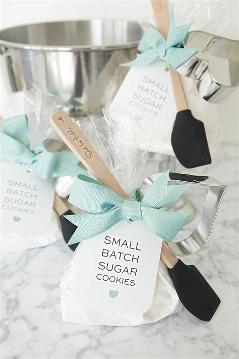 check out these adorable diy sugar cookie mix favors creative wedding inspiration shower