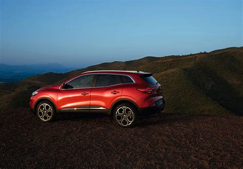 renault kadjar 2016 renault came up with details about 2016 kadjar crossover