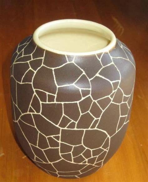 zealand pottery  crown lynn  valerie cool