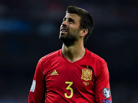 Gerard Pique Insulted And Jeered By Spain Fans As