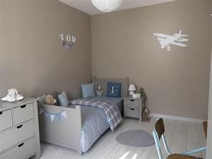 chambre enfant photo 2 12 3509872 With photo peinture salon 2 couleurs 6 peinture chambre bebe couleur taupe et crame