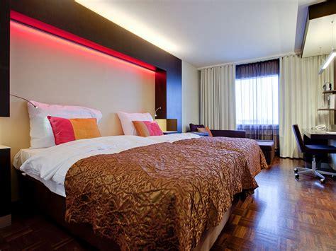 Rooms : Hotel Rooms & Suites
