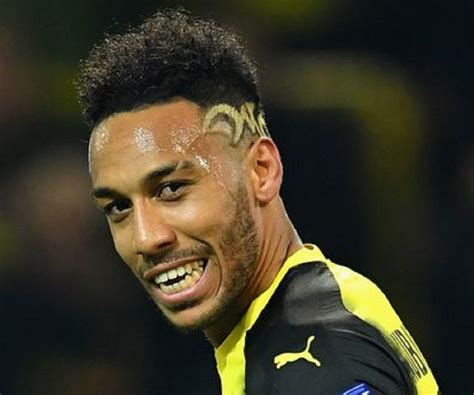 Pierre-Emerick Aubameyang Biography - Facts, Childhood ...