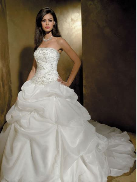 Princess Wedding Gowns  A Style To Look Your Best  Ohh My My. Winter Wedding Dresses Tumblr. Boho Wedding Dresses New York. Corset Type Wedding Dresses. Cream Flowy Wedding Dresses. Lace Wedding Dresses Jim Hjelm. Pinterest Boho Wedding Dresses. Wedding Dresses Big Bust Style. Nancy Pink Wedding Dress Hollyoaks