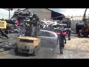 Mettre Voiture A La Casse : mettre sa voiture a la casse youtube ~ Gottalentnigeria.com Avis de Voitures