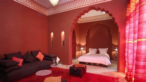 chambre a coucher marocaine moderne riad hizad quand la décoration orientale s 39 ouvre sur un
