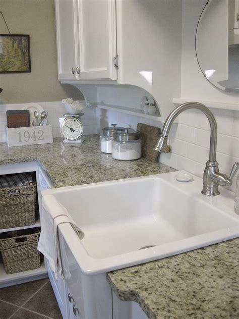 antique kitchen sinks farmhouse antique farm sink faucets 4104