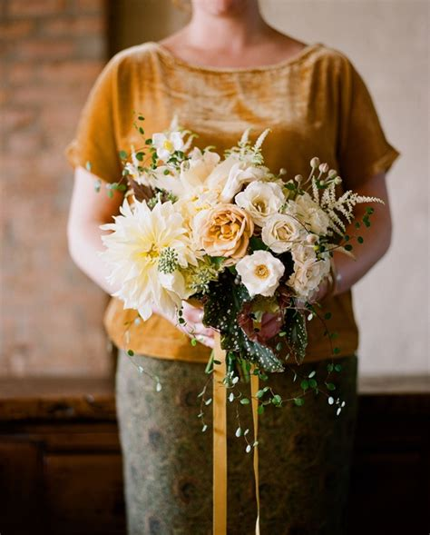 fall wedding flower ideas  wed