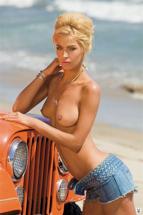 Lisa Seiffert Playboy Playmate Of The Month For March Zazzybabes Com