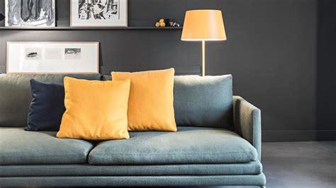 peinture pour canapé mariage des couleurs avec le gris