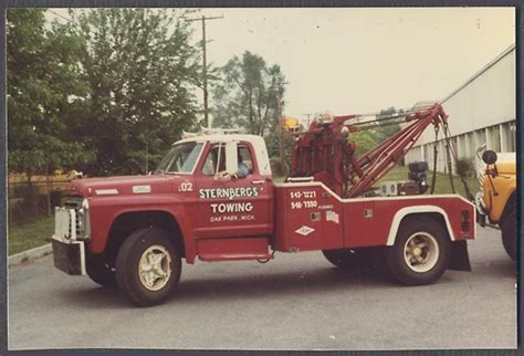 Color Photo 1973 1975 Ford Tow Truck Sternbergs Towing Oak