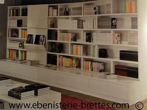 Bibliothèque Moderne Design : bibliotheque blanche contemporaine avec etageres ouvertes ebenisterie brettes ~ Teatrodelosmanantiales.com Idées de Décoration