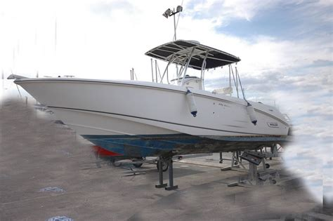 Whaler Motorboat by Motorboat Boston Whaler Boston Whaler 27 Outrage Used