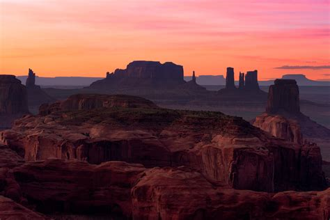 monument valley sunset perched high  monument valley flickr