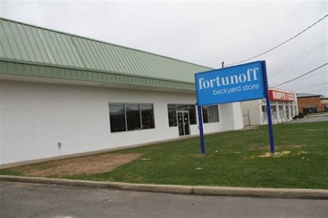 Fortunoff Backyard Stores Opens Riverhead Location
