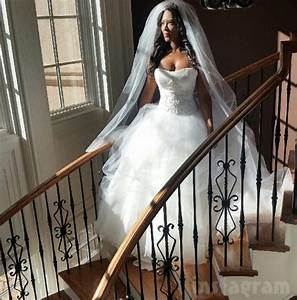did kenya moore ever finish her tv show life twirls on With kenya moore wedding dress