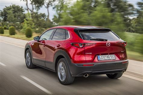 It went on sale in japan on 24 october 2019, with global units being produced at mazda's hiroshima factory. Eerste review Mazda CX-30 Skyactiv-X - AutoScout24