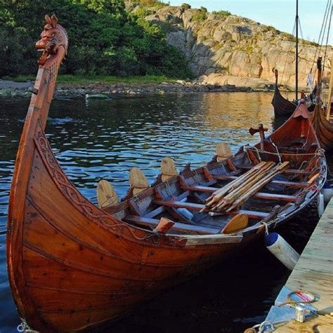 Viking Row Boats For Sale by Best 25 Viking Ship Ideas On