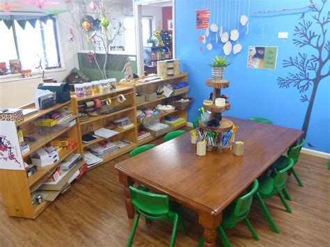 the work table in the area at pied piper preschool 406 | 5d114ad5db416080b775fa789d78d463