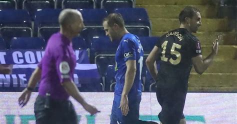 West Ham leave it late to end Stockport resistance in FA Cup