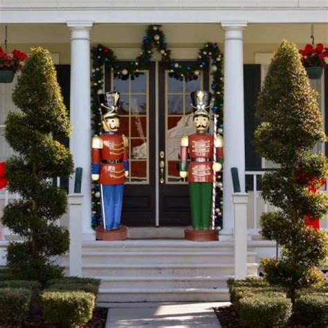 1000 images about nutcrackers toy soldiers on pinterest