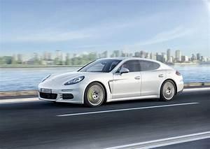 Porsche Panamera Hybride : essai vid o de la nouvelle porsche panamera s e hybride ~ Medecine-chirurgie-esthetiques.com Avis de Voitures