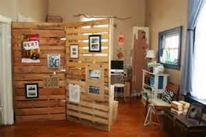 Recycled Timber Tv Cabinet by 10 Divis 243 Rias De Ambientes Para Casa Usando A Reciclagem