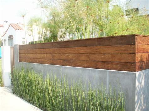 Smooth Stucco And Ipe Wood Fence