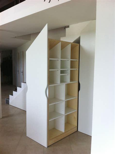 placard cuisine coulissant placards sur mesure sous escalier les ateliers du cèdre