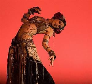 FAMOUS AMERICAN TRIBAL BELLY DANCER- RACHEL BRICE | Belly ...