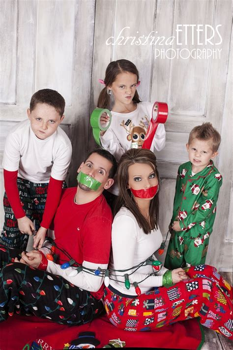 family christmas ideas 20 fun and creative family photo ideas family christmas photos family pictures and picture ideas