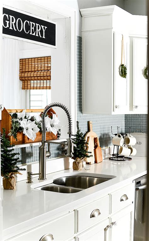 in the kitchen with mini wreaths it all