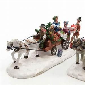 Personnage Pour Village De Noel : chevaux et traineau pour village blanc village de noel eminza ~ Melissatoandfro.com Idées de Décoration