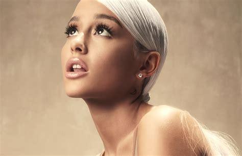 Ariana Grande Lança