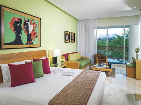 bedroom condo suite  vidanta resorts  homeaway