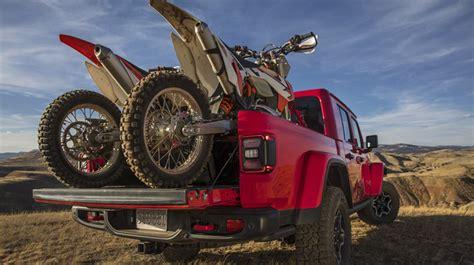 jeep gladiator   pickup truck youve  waiting  webcarz