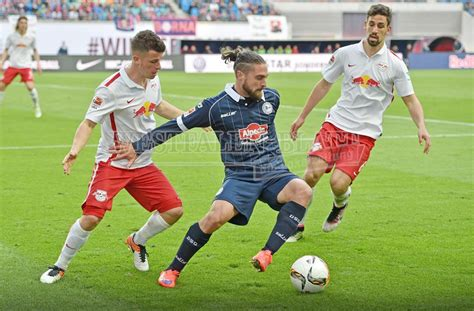 Monday ✅ in 4 days we will continue against the arminia! Arminia-Fans protestieren gegen RB Leipzig : Kreativer ...