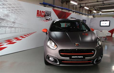 2019 Fiat Punto Evo Abarth  Car Photos Catalog 2018