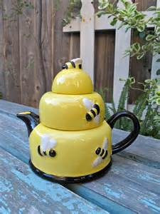 Vintage Bee Honey Pot