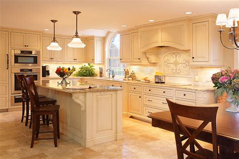 Groton  Custom Glazed Kitchen  Platt Builders