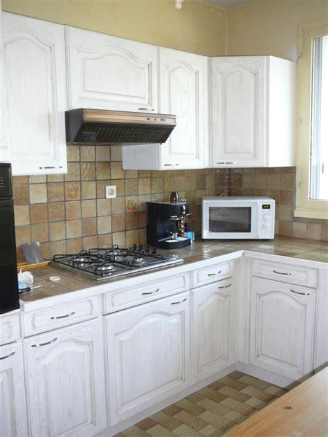 repeindre une cuisine comment repeindre sa cuisine en bois cuisine bois