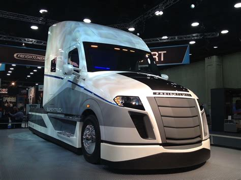 concept trucks  shaping  future  trucking