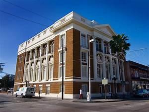 Ybor City Tours | Tampa's Historic District