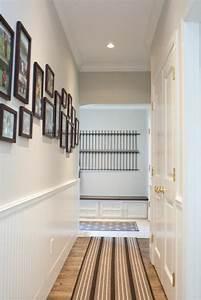 Wandgestaltung Mit Fotos : 23 super ideen f r kreative wandgestaltung im hausflur ~ Frokenaadalensverden.com Haus und Dekorationen