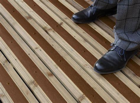 anti slip decking strips on gardeners world forum