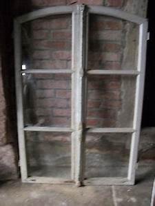 Sprossenfenster Alt Kaufen : 2 alte holzfenster sprossenfenster fenster gartendeko deko ~ Lizthompson.info Haus und Dekorationen
