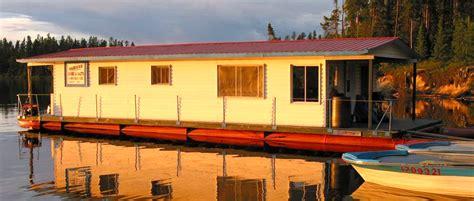 bateau maison  voyage de peche original sur le