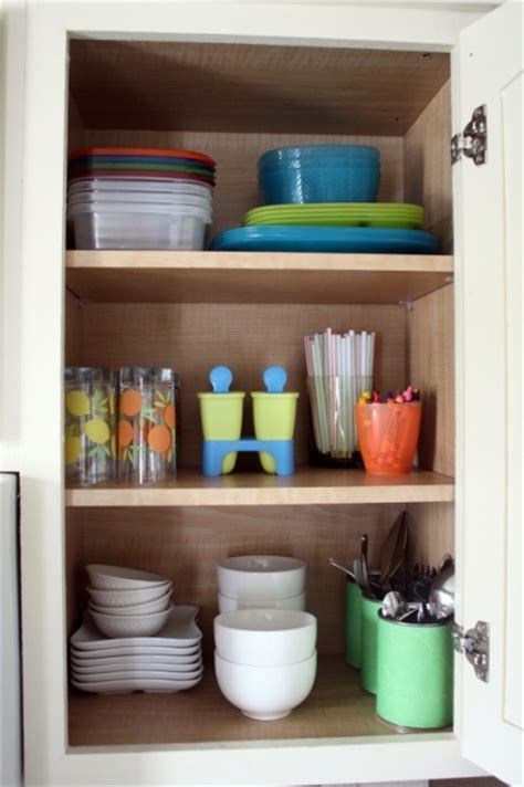 ideas for organizing kitchen cabinets organizing kitchen cabinets and drawers interior